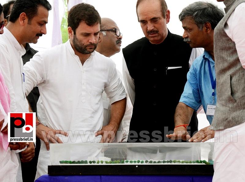 Rahul Gandhi addresses Congress rally in Punjab (9)