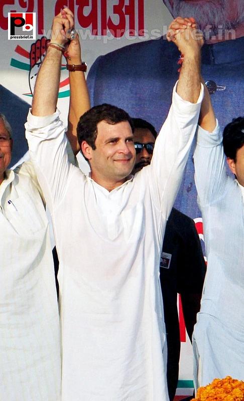 Rahul Gandhi campaigns in Madhya Pradesh (3)