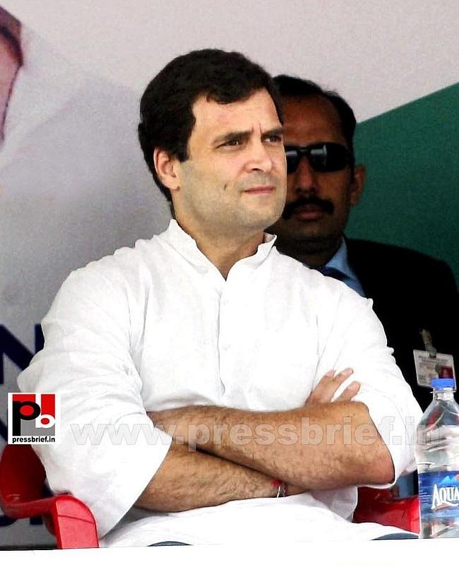 Rahul Gandhi on a two-day visit to J&K (6)
