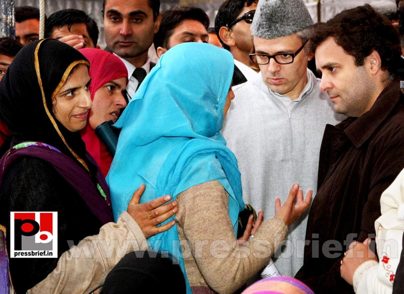 Rahul Gandhi on a two-day visit to J&K (10)