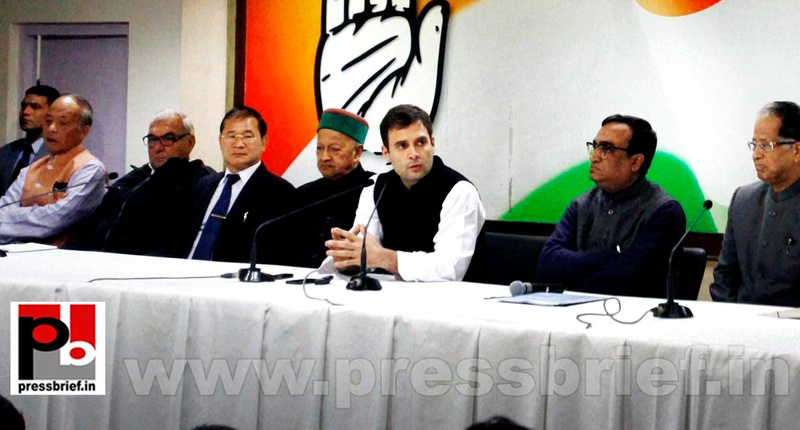 Rahul Gandhi talks to media after CMs meet (2)