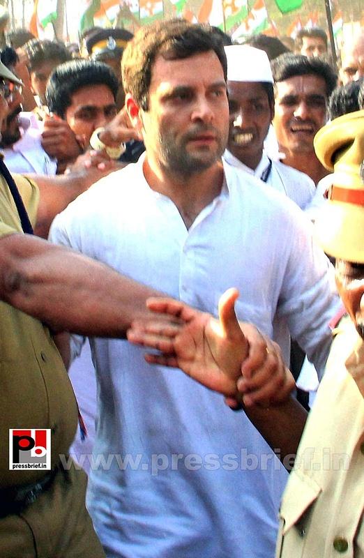 Rahul Gandhi joins Youth congress yatra in Kerala (2)