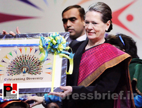 Sonia Gandhi at SAMARTH function (1) by Pressbrief In
