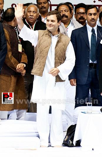 Rahul Gandhi at AICC session in New Delhi (3)