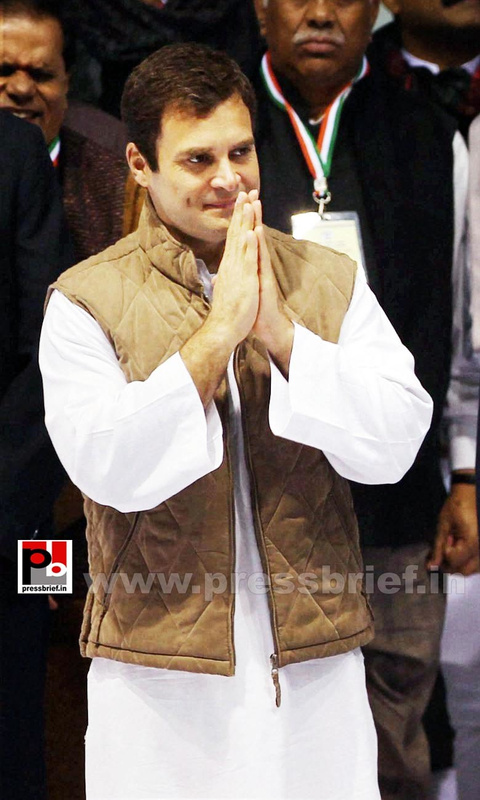 Rahul Gandhi at AICC session in New Delhi (15)
