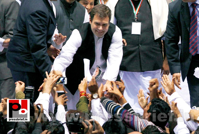 Rahul Gandhi at AICC session in New Delhi (28)