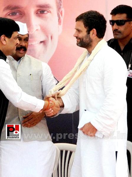Rahul Gandhi at rally in Aurangabad (6) by Pressbrief In