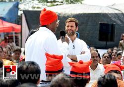 Rahul Gandhi interacts with fishermen