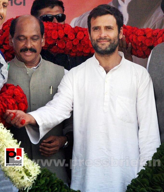 Rahul Gandhi at Thane, Maharashtra (3)