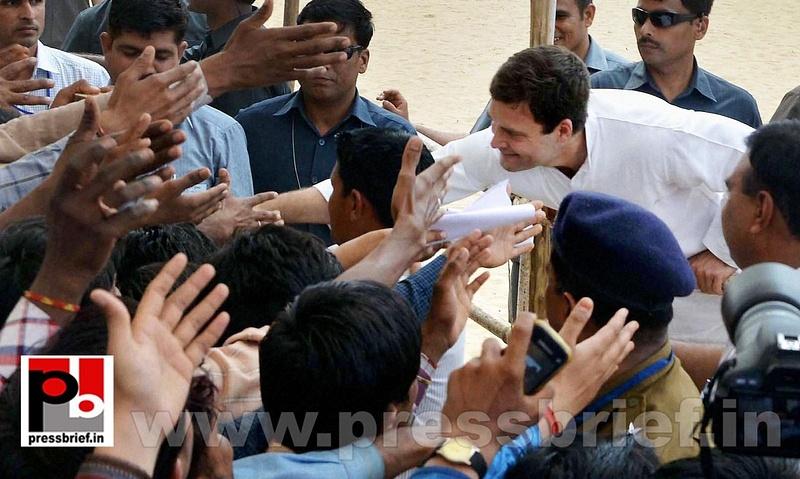 Rahul Gandhi addresses rally at Rajasthan (8)