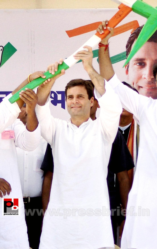 Rahul Gandhi addresses rally at Rajasthan (3)