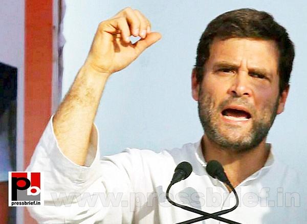 Rahul Gandhi campaigns at Pratapgarh (7) by Pressbrief In