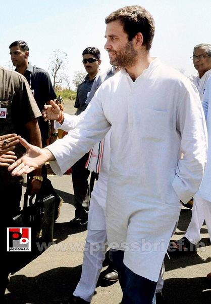 Rahul Gandhi campaigns at Pratapgarh (5) by Pressbrief In