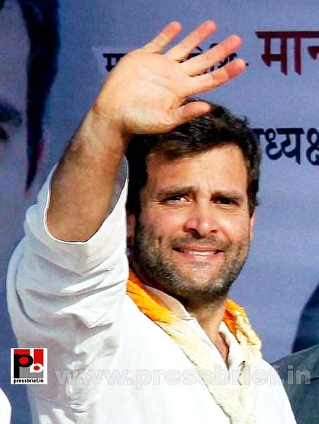 Rahul Gandhi campaigns at Pratapgarh (6) by Pressbrief In