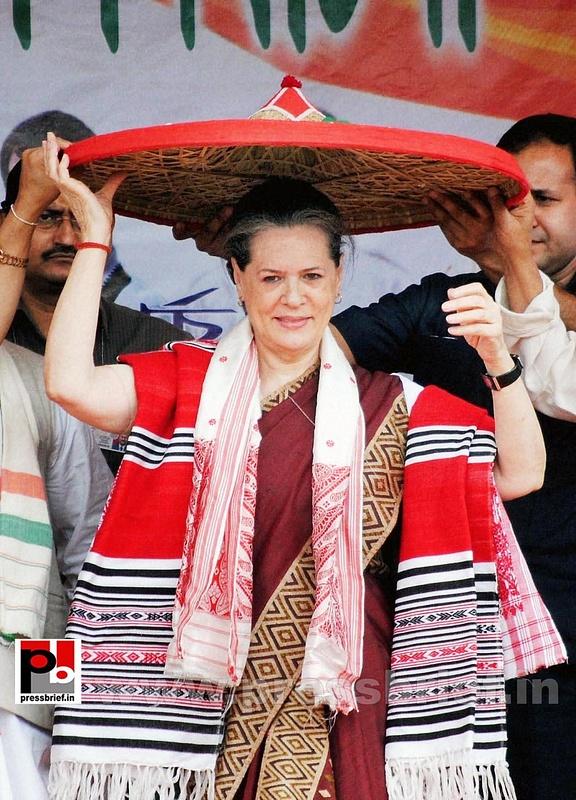 Sonia Gandhi campaigns in Assam (3)