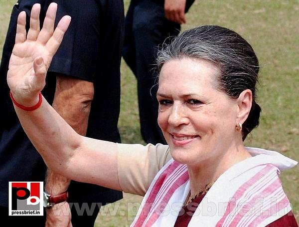 Sonia Gandhi campaigns in Assam (4) by Pressbrief In