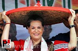 Sonia Gandhi campaigns in Assam