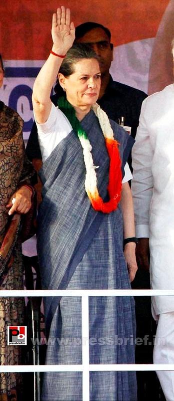 Sonia Gandhi in New Delhi  (4)