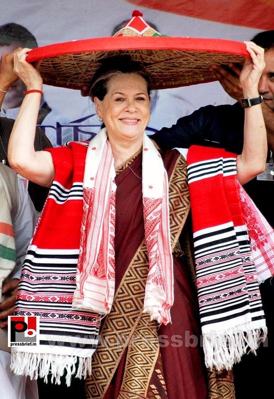 Sonia Gandhi campaigns in Assam (2)