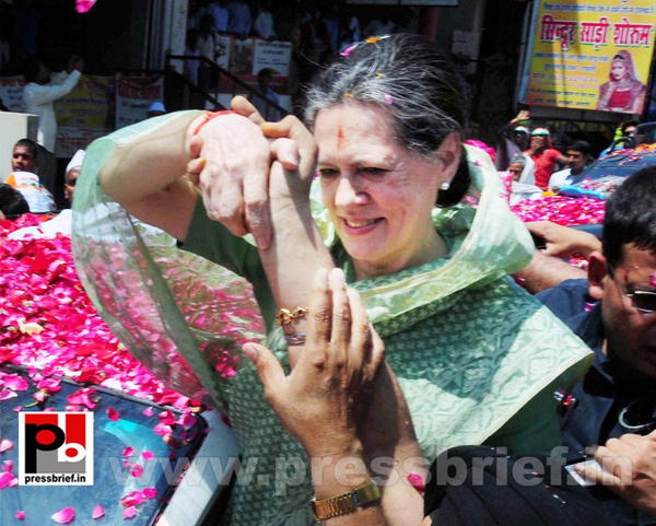 Sonia Gandhi files nomination from Raebareli (9) by...