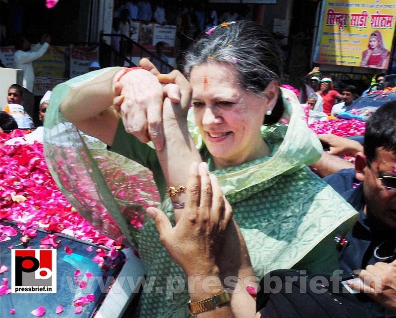 Sonia Gandhi files nomination from Raebareli (9)