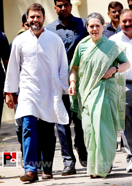 Sonia Gandhi files nomination from Raebareli (13) by...