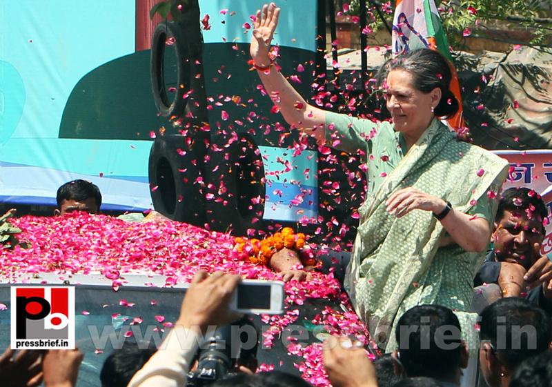 Sonia Gandhi files nomination from Raebareli (1)