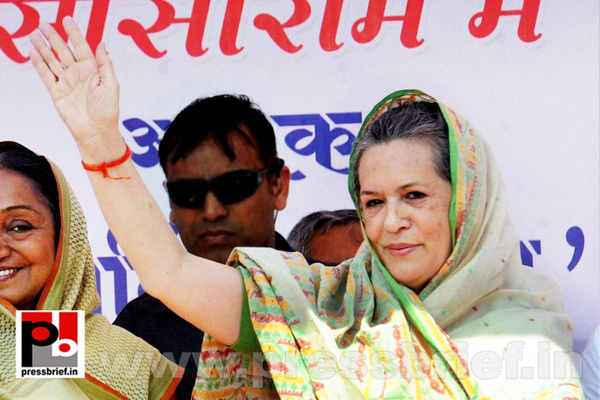Sonia Gandhi at Sasaram, Bihar (3) by Pressbrief In