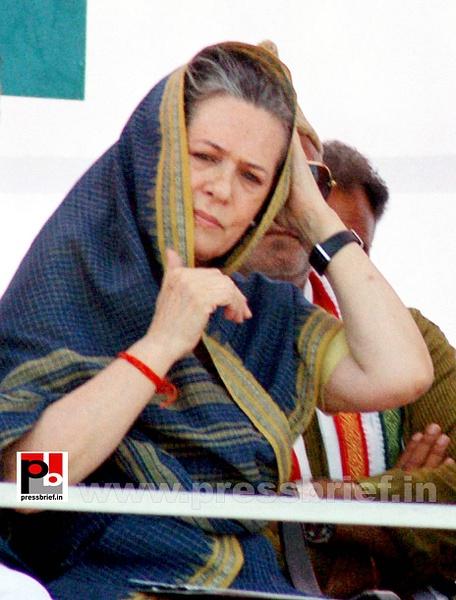 Sonia Gandhi at Aligarh, UP (2) by Pressbrief In