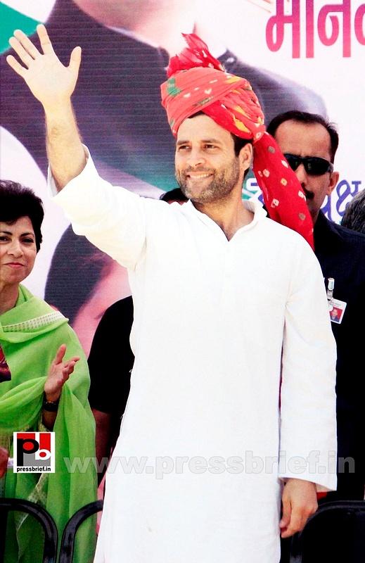 Rahul Gandhi at Rajasthan (2)