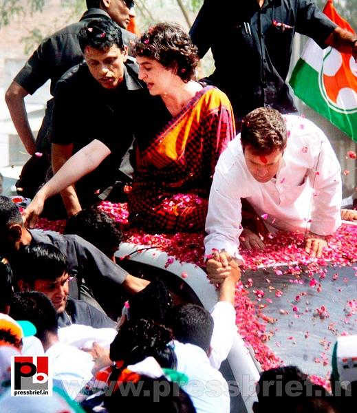 Rahul Gandhi's road show in Amethi (14) by Pressbrief...