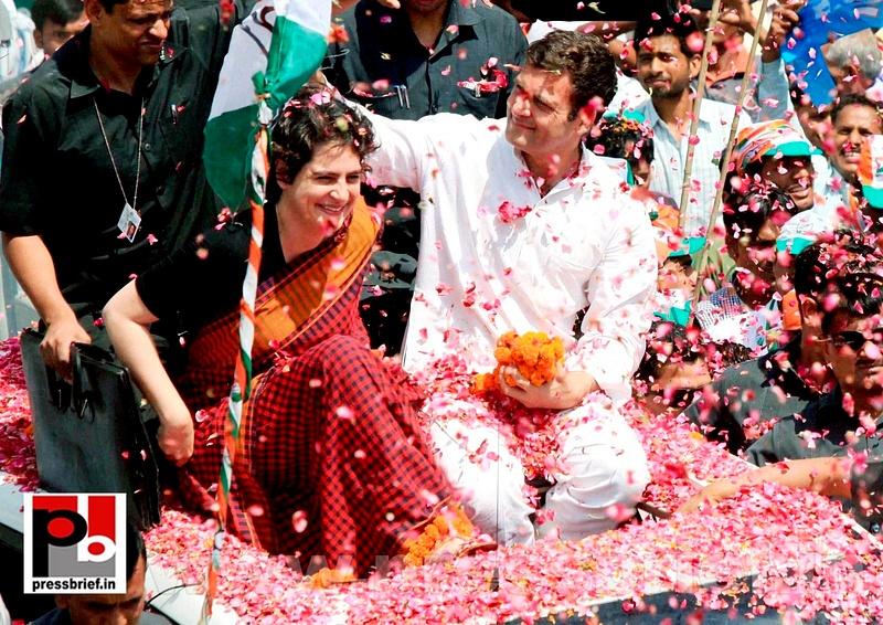 Rahul Gandhi's road show in Amethi (3)