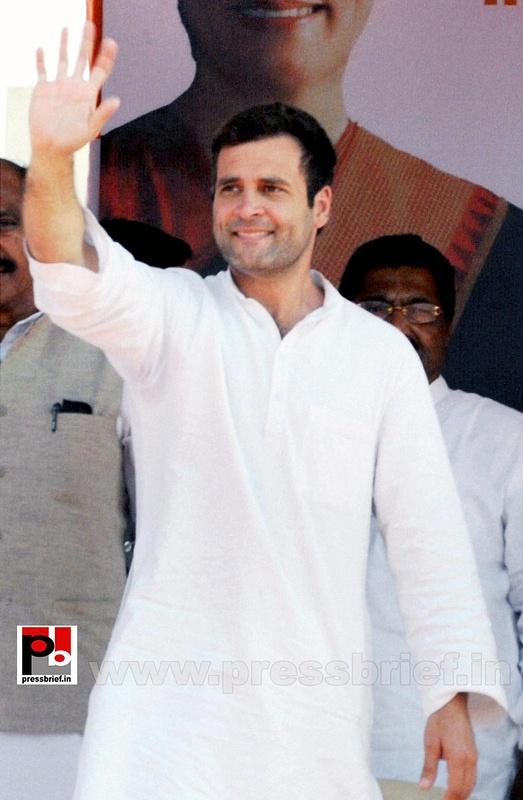 Rahul Gandhi at Latur, Maharashtra (2)