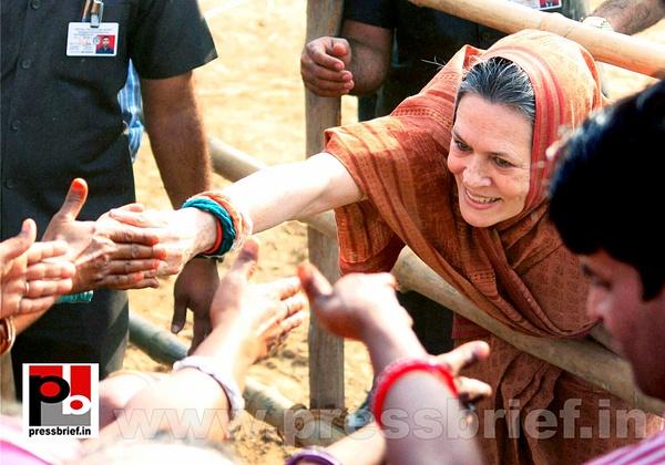 Sonia Gandhi at Jaipur, Rajasthan by Pressbrief In