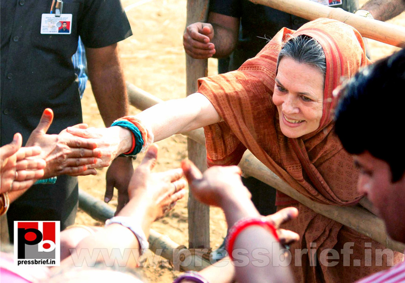 Sonia Gandhi at Jaipur, Rajasthan (8)