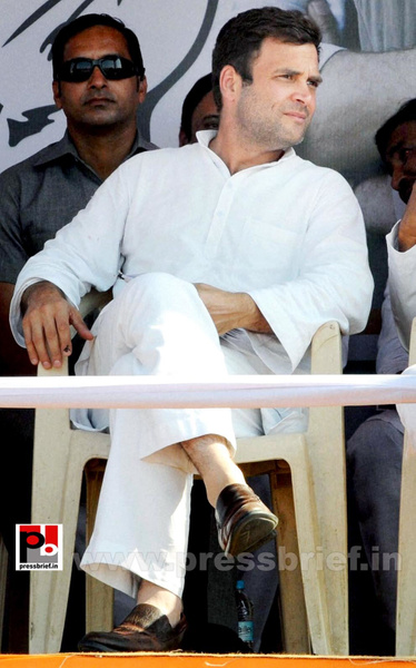 Rahul Gandhi at Latur, Maharashtra (3) by Pressbrief In