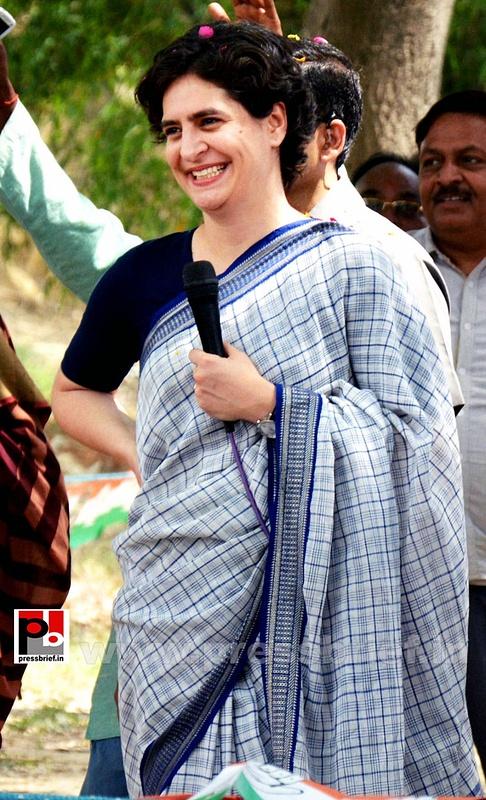 Priyanka Gandhi Vadra in Raebareli (1)