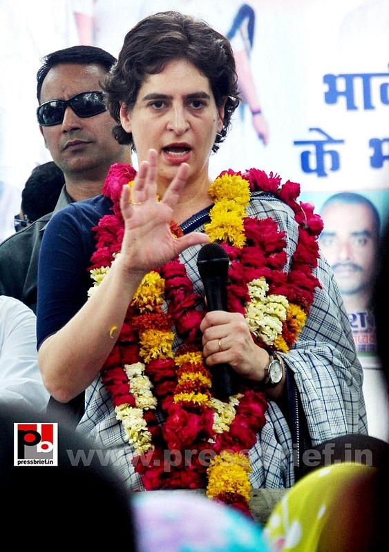 Priyanka Gandhi Vadra in Raebareli (3)