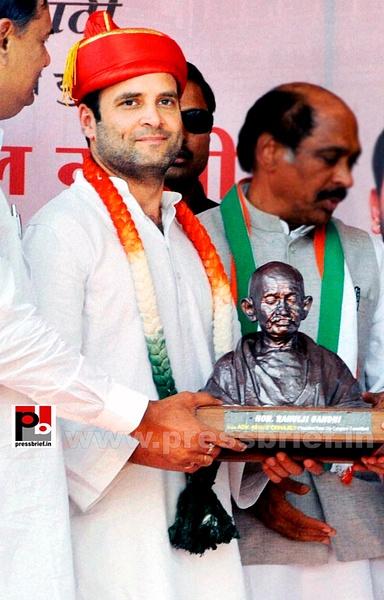 Rahul Gandhi at Pune (5) by Pressbrief In
