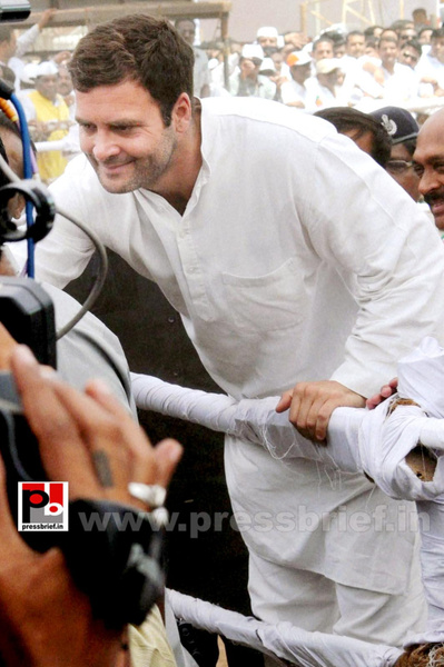 Rahul Gandhi at Pune (7) by Pressbrief In