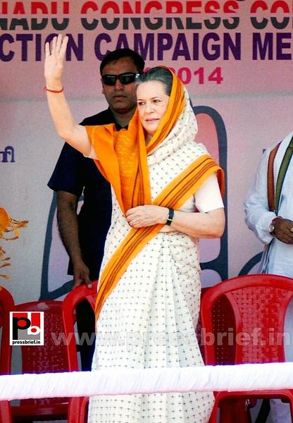 Sonia Gandhi in Telangana (1) by Pressbrief In