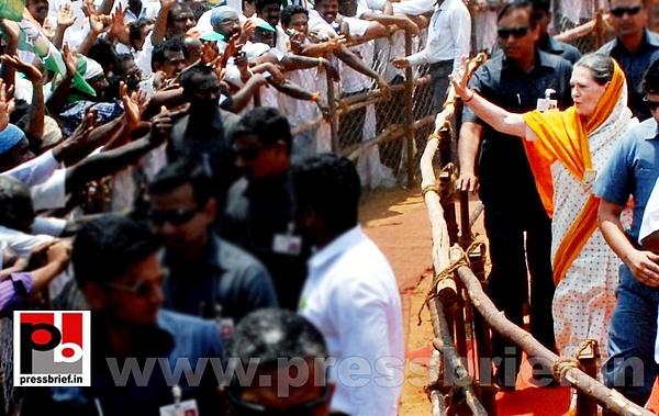 Sonia Gandhi in Telangana (4) by Pressbrief In