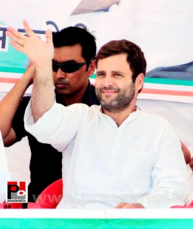Rahul Gandhi at Karauli in Rajasthan (1)