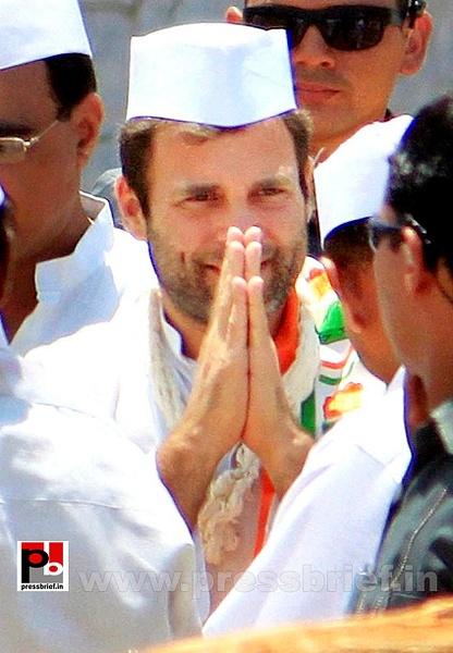 Rahul Gandhi at Karauli in Rajasthan (6) by Pressbrief In