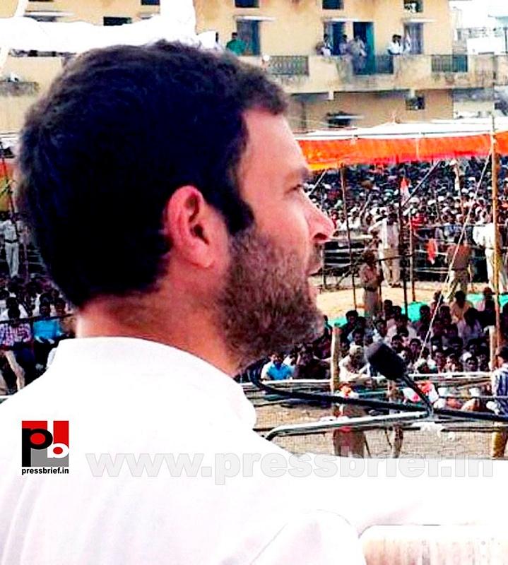 Rahul Gandhi at Bandra, Mumbai (4)
