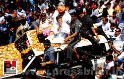 Rahul Gandhi's roadshow at Alwar in Rajasthan