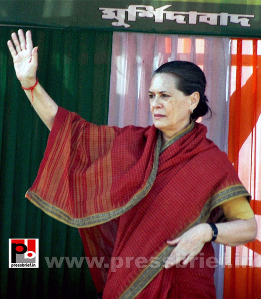 Sonia Gandhi at West Bengal (1) by Pressbrief In