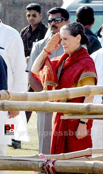 Sonia Gandhi at West Bengal (4) by Pressbrief In
