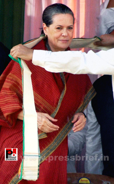 Sonia Gandhi at West Bengal by Pressbrief In