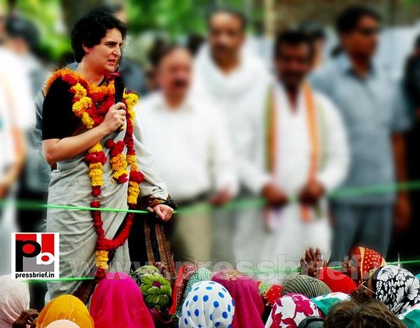 Priyanka Gandhi in Raebareli, UP (9) by Pressbrief In